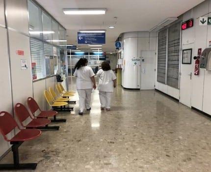 Plateau toujours élevé mais légère décrue du nombre d'hospitalisations Covid sur le territoire grenoblois