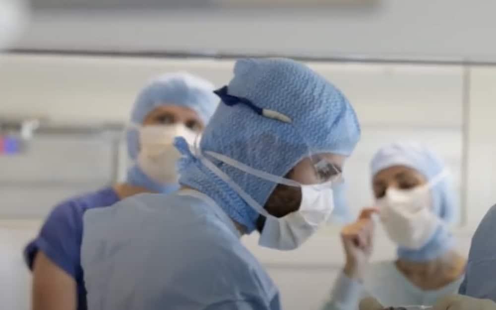 Hôpital sud à Echirolles (Image vidéo « 50 ans de l'Hôpital Sud » : https://www.youtube.com/watch?v=eDkMmxwVpHE)