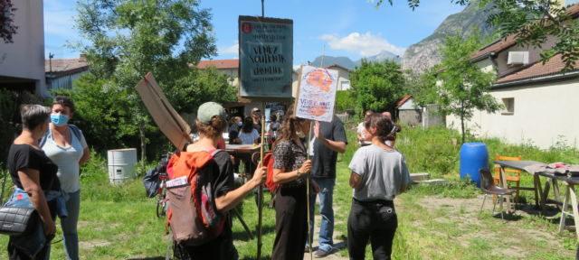 Manifestation en soutien au Chantier à Fontaine. © Tim Buisson – Place Gre'net