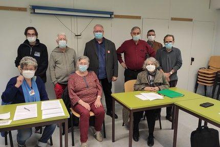 Les organisations de retraités en colère face aux difficultés d'accès à la vaccination contre la Covid-19