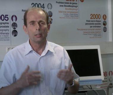 Le Professeur Philippe Cinquin, chercheur en informatique médicale, médaille de l'Innovation du CNRS en 2013 (image extraite vidéo CNRS)