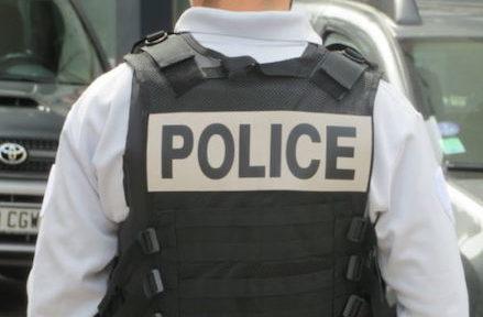 """Un octogénaire victime d'un coup de couteau à Échirolles, la police décrit une agression """"hors-normes"""""""