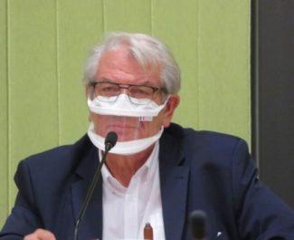 Renzo Sulli apporte son soutien aux policiers visés par des menaces de mort sur un mur d'Échirolles