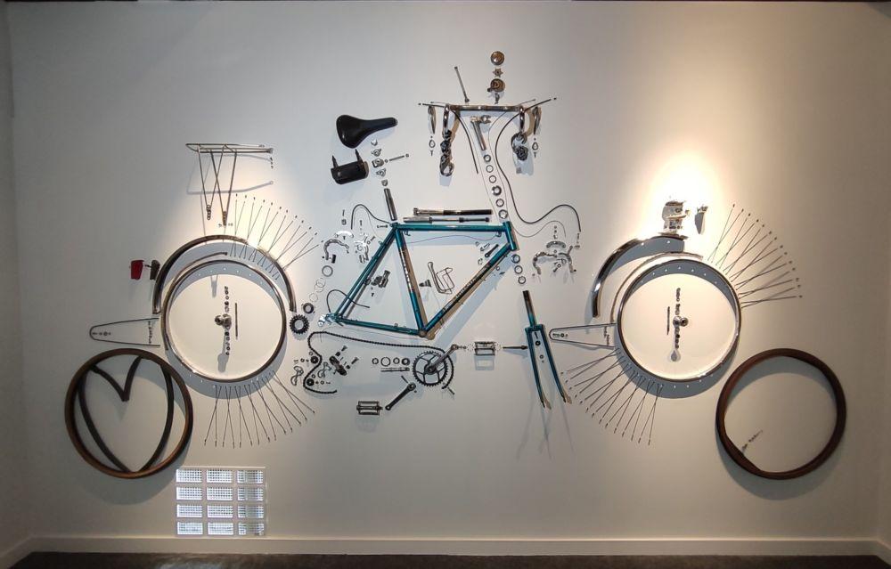 Un vélo démantibulé pour l'exposition Un amour de vélo © Florent Mathieu - Place Gre'net