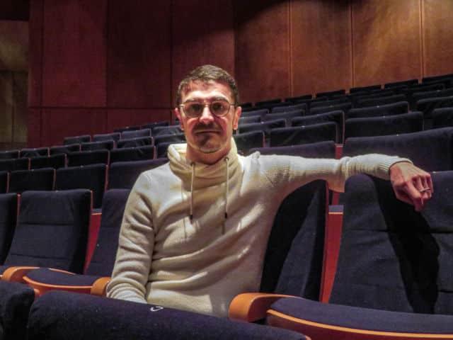 Arnaud Meunier souhaite attirer de nouveaux publics à la MC2. © Tim Buisson – Place Gre'net
