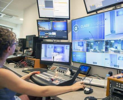 La Ville et la Métropole de Grenoble reconduisent leur soutien à TéléGrenoble : la petite télé locale percevra plus de 1,2M€ sur trois ans.