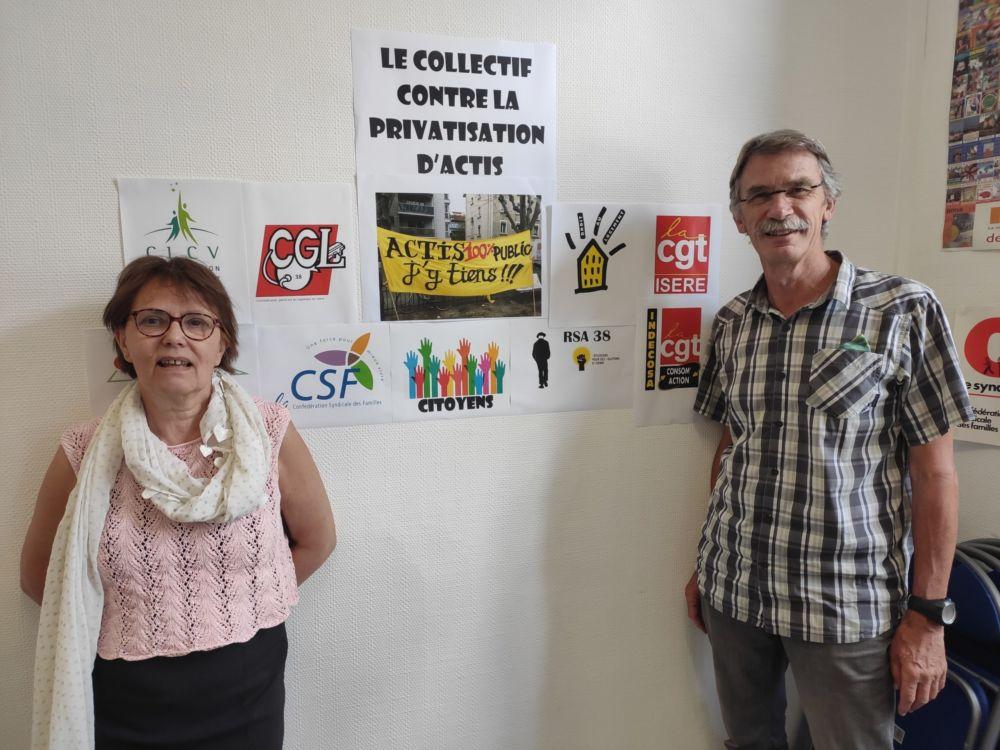 Fusion Actis - Grenoble Habitat : vers une société d'économie mixte? Patricia Ospelt et Jean-François Lapière du Collectif contre la privatisation d'Actis © Florent Mathieu - Place Gre'net
