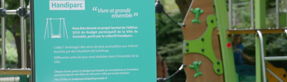 Panneau du Handiparc au parc Georges Pompidou lors de son inauguration le 08 juillet 2021 (c) Ilan Khalifa--Delclos | Place Gre'net