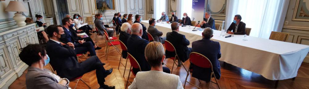 Dix-sept EPCI de l'Isère ont signé un contrat de relance pour la transition écologique avec l'État et le Département. © Joël Kermabon - Place Gre'net