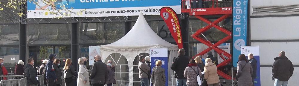 Covid-19: les derniers chiffres en Isère, alors que le vaccinodrome d'Alpexpo ferme le 29 septembre