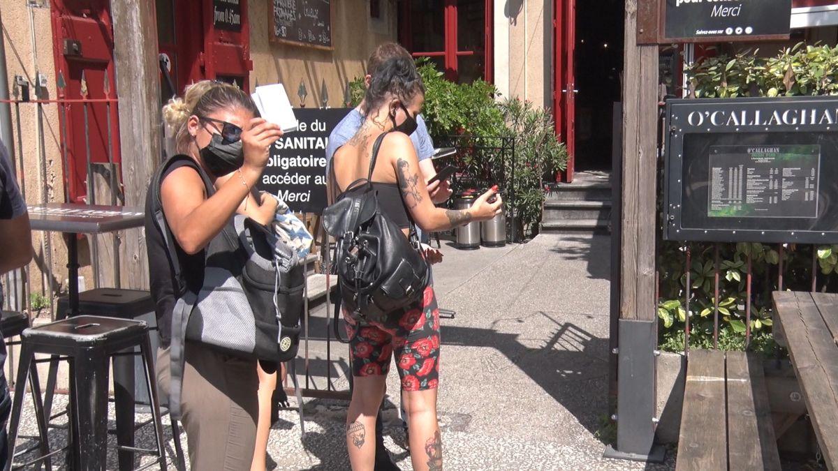 La préfecture de l'Isère exempte, entre autres, Ikea et Grand'Place de demander leur pass sanitaire aux clients