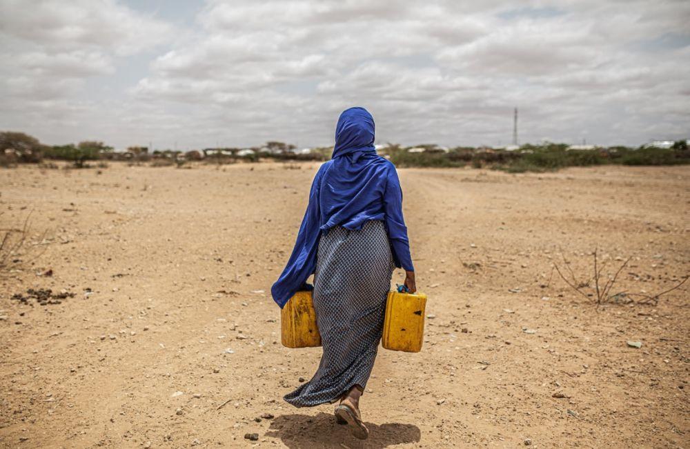 L'exposition d'Oxfam France montre les conséquences du changement climatique sur la vie des personnes via des portraits, principalement de femmes © Pablo Tosco