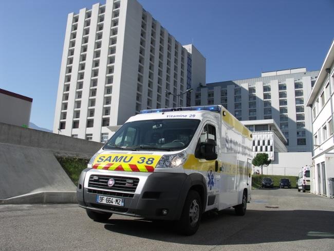 Le Service mobile d'urgence et de réanimation (Smur) de Voiron fermé sur cinq dates sur l'été 2021