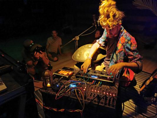 Concert interactif de Cosmyte x VJ Spin lors de la soirée d'ouverture à La Bobine. © Joël Kermabon - Place Gre'net