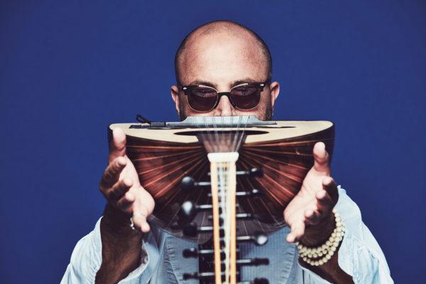 Dhafer Youssef, joueur de oud tunisien. © Flavien Prioreau