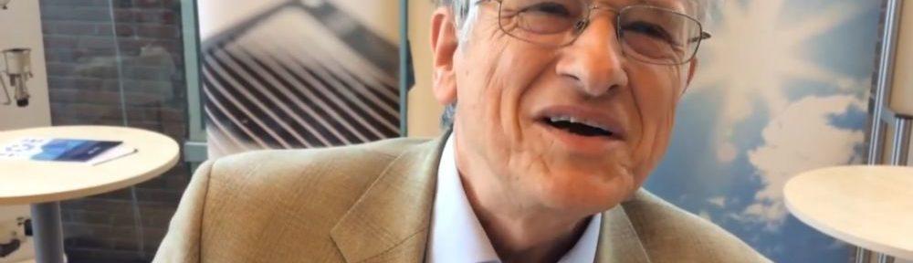 le physicien et Prix Nobel Klaus Von Klitzing distingué par la Grande médaille d'or de la Ville de Grenoble