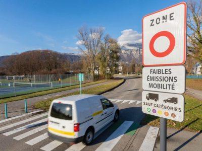 Signalisation d'une zone à faibles émissions. © Grenoble-Alpes Métropole