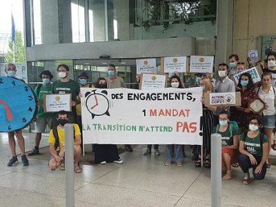COUV Mobilisation du Collectif Métro, promoteur du Pacte pour la transition, jeudi 1 juillet 2021, devant le siège de la Métropole de Grenoble. © Séverine Cattiaux - Place Gre'net