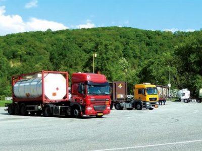 Charte transport matières dangereuses UNE