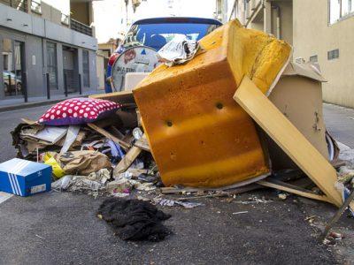 Problèmes de propreté dans Grenoble, déchets, détritus © Chloé Ponset - Place Gre'net
