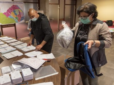 L'État annonce avoir soutenu l'achat de près de 4 millions de masques par les collectivités de l'Isère