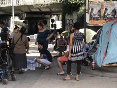 Plusieurs dizaines de personnes se sont mobilisées à proximité de la gare ce vendredi 28 juin au matin, cours Berriat, pour