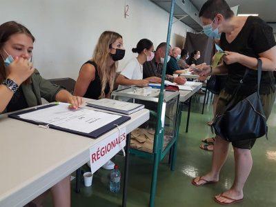 Elections départementales et régionales 2021, 1er tour, bureau de vote de la Bajatière à Grenoble, dimanche 20 juin 2021 © Séverine Cattiaux - Place Gre'net