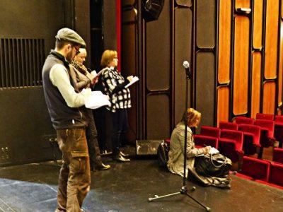 Balade croquée avec Emdé au théâtre municipal de Grenoble. © Adèle Duminy