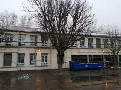 Le chantier à l'école Racine pour l'installation des panneaux @Antonin Aubry - Place Gre'Net