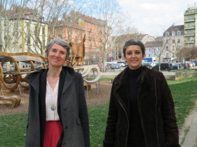 Fabienne Grébert, tête de liste des écologistes en Avergne Rhône-Alpes et Myriam Laïdouni-Denis, cheffe de file en Isère. © Tim Buisson – Place Gre'net