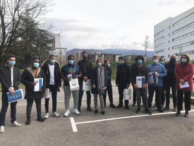 La première promotion diplômée des Plombiers du Numérique, formation qui vise à se former aux métiers du raccordement optique. © Ecole des Plombiers du Numérique de l'Isère