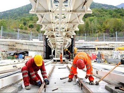 Après plus d'un an de tiraillements au sein de la coalition au pouvoir, l'Italie a donné son feu vert au projet de ligne ferroviaire Lyon-Turin.