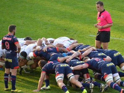 Après le point ramené de Clermont, les rugbymen grenoblois, treizièmes du Top 14, doivent s'imposer samedi face à Bordeaux-Bègles pour se rapprocher de Pau.