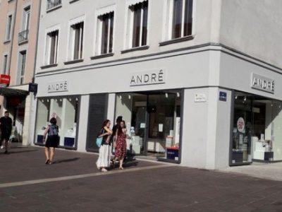 Le tribunal de commerce de Grenoble valide la reprise des magasins André par François Feijoo