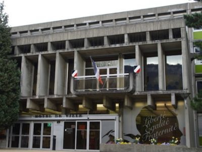 Les formations dispensées aux élus communistes de Fontaine ont-elle servi à financer le PCF ? Une enquête préliminaire a été ouverte par le PNF.