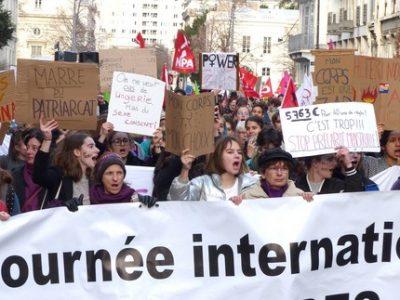 Manifestation 8 mars Droits des femmes - une