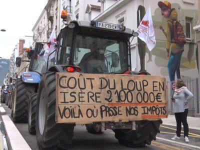 Objectif « zéro attaque » pour les manifestants contre la prédation du loup. © Joël Kermabon - Place Gre'net