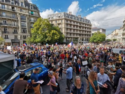 Manifestation contre le passe sanitaire et l'obligation vaccinale du 4 septembre 2021. © Joël Kermabon - Place Gre'net