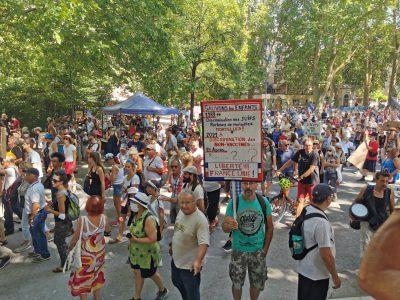 Manifestation contre le passe sanitaire et l'obligation vaccinale du samedi 21 août 2021 à Grenoble. © Joël Kermabon - Place Gre'net