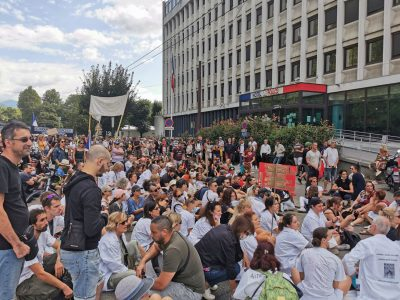 Manifestation contre le passe sanitaire et l'obligation vaccinale du 28 août 2021. © Joël Kermabon - Place Gre'net