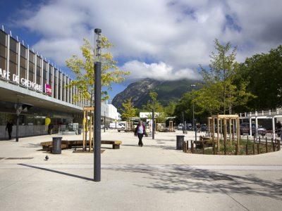 Parvis de la gare de Grenoble © Chloé Ponset - Place Gre'net