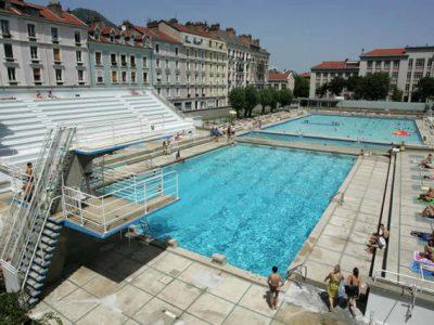 Grenoble renforce les conditions d'accès aux piscines Jean-Bron et Les Dauphins après des