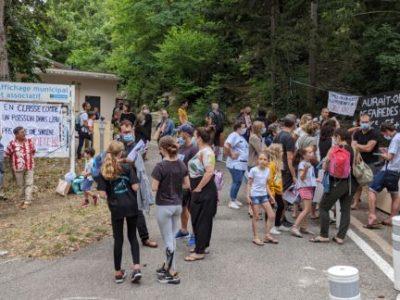 Les parents réclament l'ouverture d'une cinquième classe à l'école Rivoire de la Dame à Sassenage pour éviter une surcharge des classes