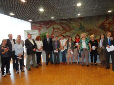 Remise de dons aux associations par le Lions Club de Grenoble en juin 2014