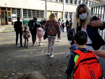 """À Grenoble, une rentrée entre """"flou"""" des mesures sanitaires et augmentation du nombre de classes"""