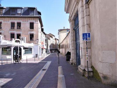 La rue Très-Cloîtres à Grenoble. DR