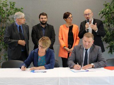 Signature convention CEA Mission locale Une