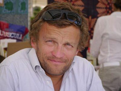 Sylvain Tesson UNE