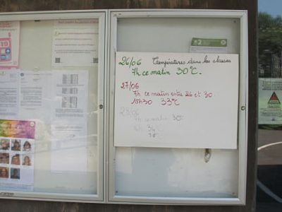 Ecole Lucie Aubrac. Canicule fin juin 2019 à Grenoble : les écoles ne sont toujours pas équipées contre les fortes chaleurs ? Des enfants et adultes ont été pris de malaises, vomissement et saignements de nez dans deux écoles. © Séverine Cattiaux - Placegrenet.fr
