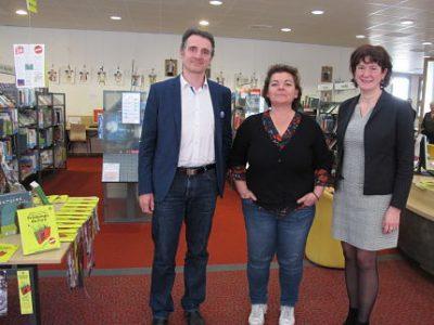 UNE Eric Piolle, Corinne Bernard, Isabelle Westeel, lors de l'annonce de la gratuité dans les bibliothèques. © Séverine Cattiaux -placegrenet.fr